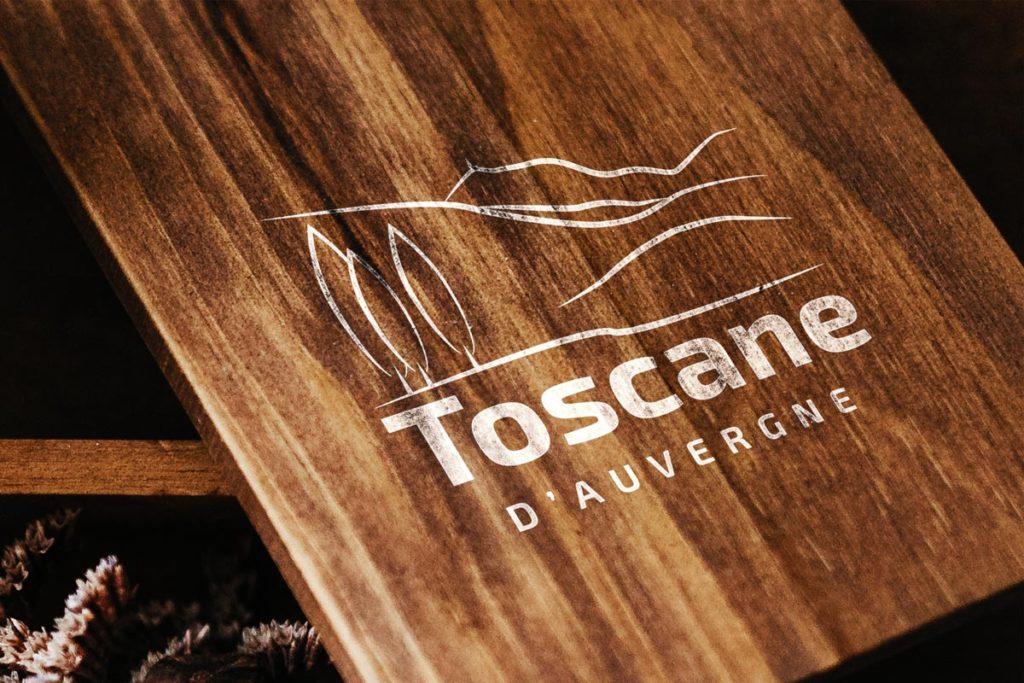 Création de logo sur-mesure Association Toscane d'auvergnr